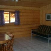 delux-cabin-005